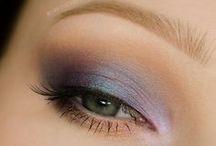 •Eyeshadow•