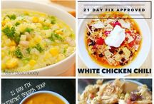 Healthy Soups, Stews, Chilis and Chowders / Healthy soup recipes, weight loss soup recipes, clean eating, fast soup recipes, vegetarian, frugal, budget friendly, low carb and easy stew, chili, chowder, and soup recipes