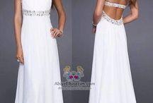 Güzel elbise ama :)