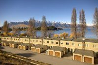 Esplanade Queenstown / 3 Bedroom Queenstown Apartments 5 minutes stroll from town