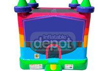 Castillo Inflable Banner Modelo Iq /  Posee una espaciosa zona de juego y salto de planta cuadrada. Además, tiene un pequeño escalón hinchable para facilitar la entrada al castillo. Está fabricado con materiales muy resistentes y PVC de primera calidad.  http://www.castilloshinchablessaltofeliz.com/producto/castillo-inflable-banner-modelo-iq