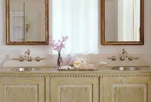 bath / bathroom / by Lara Dennehy Horsting