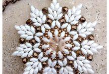 šité šperky z korálků