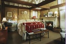Cozy Bedrooms / by Stella Murillo-Kenk
