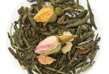 Ceaiuri Verzi / Ceaiul verde este recunoscut atat de medicina traditionala cat si de cea alternativa ca un elixir al tineretii si vitalitatii. Infuzia din frunze de ceai verde are un efect antioxidant puternic, contracarand nocivitatea radicalilor liberi.