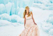 Winter Wedding / Wintery wedding ideas <3