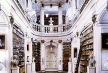 Book Nooks / Escapism for bookworms