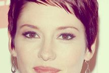 SHORT HAIR  FOR WOMEN / A lot of georgeus pixies, but you find many different Short hairstyles here