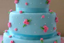 Vintage weekend cakes