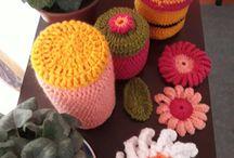 tejidos a crochet / fundas para frascos y flores decorativas