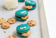 Macarons_kids decorating