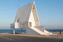 Kostel, kaple