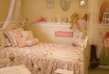 IZZY's Room? / by Lynn Speegle