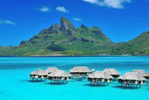 Four Seasons Resort Bora Bora / Beautiful photos of the Four Seasons Resort in Bora Bora.