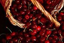 Berries - Cherries / by Mónica Gordienko