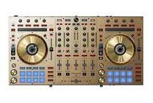 Kontrolery Dj'skie / Kontrolery przeznaczone dla DJ