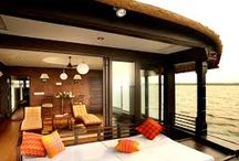 Houseboats in Kerala / Have you ever gone cruising in a houseboat on the backwaters of Kerala? If you haven't, make sure you do. This one is really a wonderful and unforgettable experience!  Book now @ www.myHouseboats.com