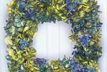 Wreaths / by Noele Lott