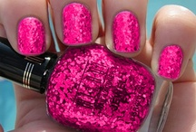 AWeSomE NaILs!<3