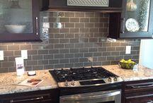 backsplash for gray kitchen cabinets