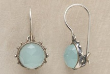 Earrings / Pretty hypoallergenic earrings