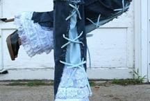 Tut: Misc. Costume Pieces