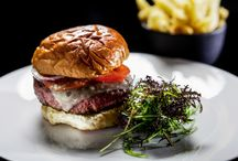 Burgers @ AccorHotels / At AccorHotels, we love burgers. Try out different recipes in our restaurants all over the world! #Food #Travel