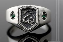 Damn Right Signet / All things male signets and pinky rings. Yes!