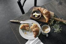 Grå Plissé / Nyhed! Få grå glæder til din hverdag med Pillivuyts nye moderne klassiker: Grå Plissé Perfekt til at skabe en gennemført, stilsikker borddækning, der skiller sig ud.
