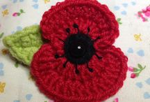 Poppies / A collection of crocheted and knotted poppies