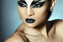 Black n white makeup