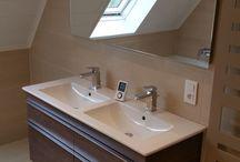 Vos instants détente / La salle de bain est un des endroits de votre maison dans lequel vous passez le plus de temps.  Inspirez-vous des réalisations ci-dessous pour aménager et décorer votre havre de paix selon vos envies. Baignoires d'angles, douches à l'italienne, meubles sur mesure, il y en a pour tous les goûts !