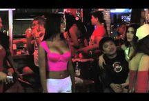 Sexy Pattaya Ladyboy Girls Walking Down The Streets - Stripbars, Dance Clubs, Sex Club Bar