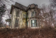 Old scary houses / Scary houses