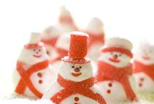 Christmas Treats / by Kellie Stobie