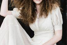 Cheveux Frisé-Texture Hair / Coloration-Haircolor-Cheveux Frisé-Curly-Textute