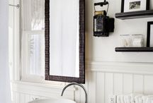 Bathrooms / by Melissa Bolinger