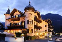 STAUDACHERHOF****S / Wellness Hotel   Bayern   Deutschland  Höllentalstrasse 48   82467 Garmisch-Partenkirchen  Tel.: +49 8821 9290   Fax +49 8821 929333. Wohlfühloase und  Feinschmeckerparadies für anspruchsvolle Gäste.
