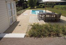 Kleiklinkers rond zwembaden of (zwem)vijvers / Pavés en terre cuite autour des piscines ou des étangs (de baignade)
