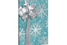 Gift Wrapping / by Sharleen Chua