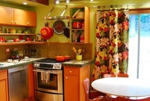 Kitchen / by Stacy Metcalfe Hickey