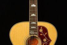 Best Guitars Acoustic / Guitars