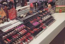 Make up organising