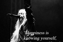 Taylor Momsen / Singer of The Pretty Reckless