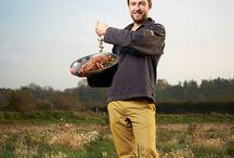 la Table des Corderies / Sébastien Porquet, un chef au naturel...  Je suis un jeune chef de cuisine d'une trentaine d'années, originaire de la Baie de Somme et inspiré par elle. La Baie de Somme est d'une grande richesse grâce sa situation exceptionnelle « entre Terre et Mer ».