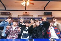 ❤Stray Kids❤ / K-pop Group Stray Kids☆ Woojin^ Bang Chan^ Minho^ Changbin^ Hyunjin^ Jisung^ Felix^ Seungmin^ Jeongin^