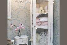 romantiska möbler
