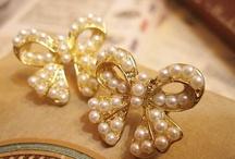 Jewelry / by Rachael Dauscher