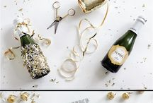 Poppin' New Years / Looking for some ideas to make your New Years Eve party SPARKLE? Look no further, friend.