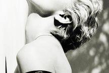 Madonna****
